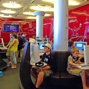 Интернет-кафе Лисьего Носа